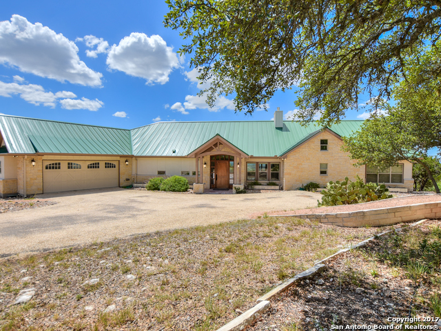 276 S Fork Rd, Comfort, TX 78013