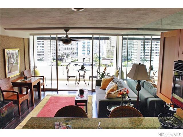 430 Kaiolu Street 1103, Honolulu, HI 96815