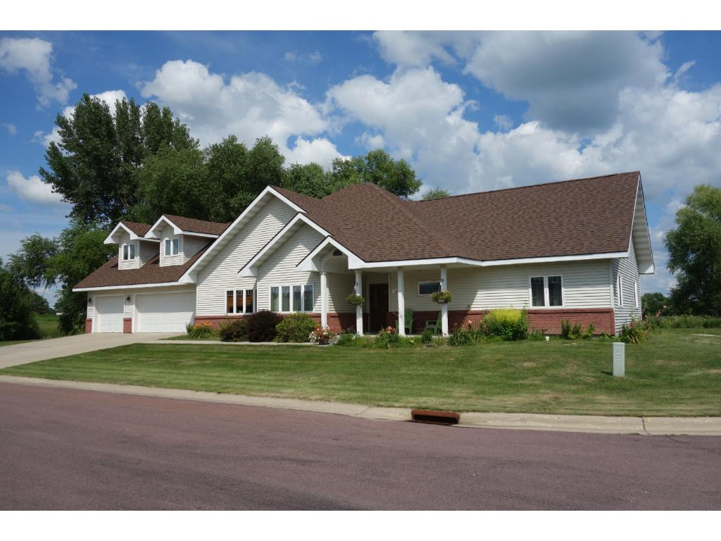 101 Shoreview Drive, Elysian, MN 56028