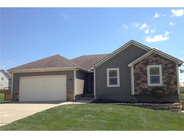 1200 Ridge Tree Lane, Pleasant Hill, MO 64080