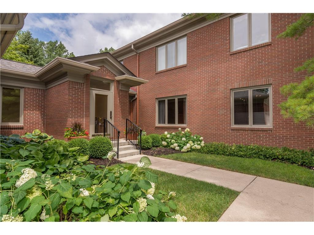 6530 MERIDIAN Parkway B, Indianapolis, IN 46220