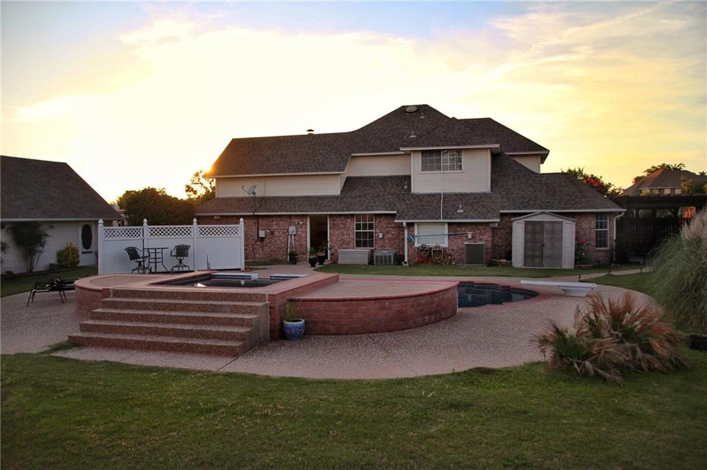 2105 Norwood Drive, Sherman, TX 75092