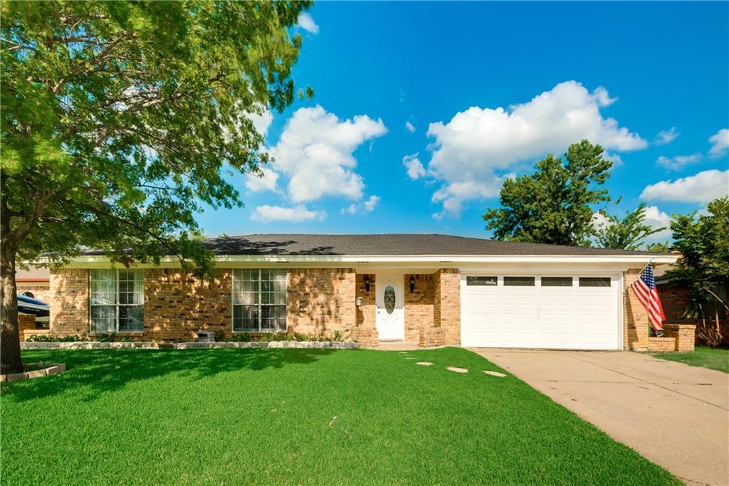 7516 Red Oak Street, North Richland Hills, TX 76182