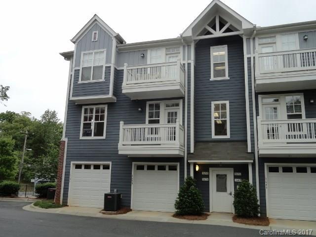 1654 Walnut View Drive, Charlotte, NC 28208