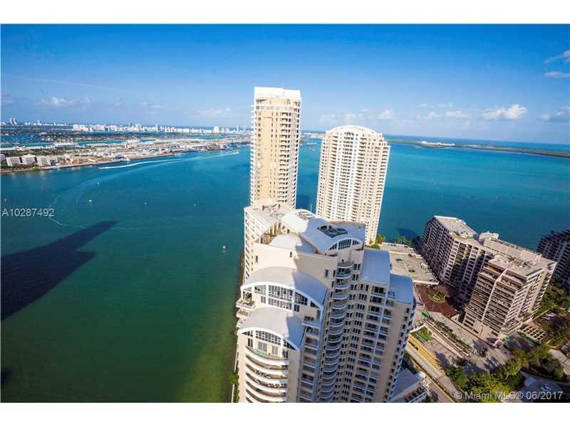 900 BRICKELL KEY BL 3303, Miami, FL 33131