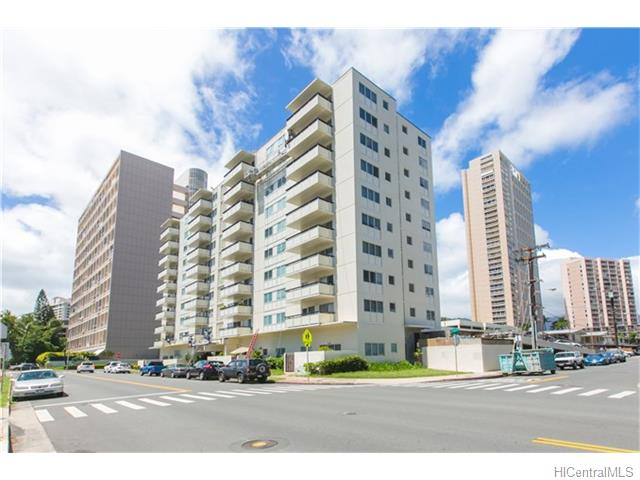 509 University Avenue 302, Honolulu, HI 96826
