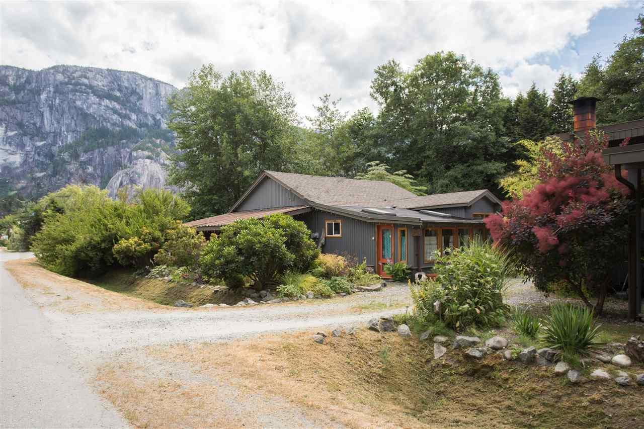 37791 THIRD AVENUE, Squamish, BC V8B 0B4