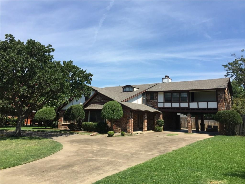 412 Charleston Court, Hurst, TX 76054