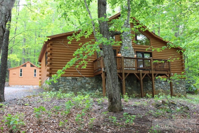 122 Highland Cove Rd, West Jefferson, NC 28020