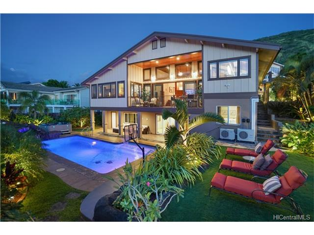 236 Lumahai Place, Honolulu, HI 96825