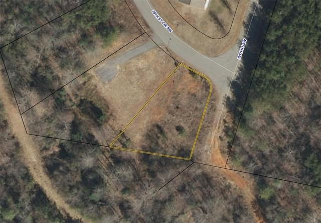 1346 39th St Circle SW 17, Hickory, NC 28602