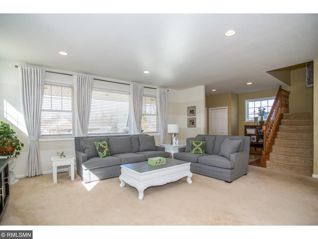 4300 XENIA Avenue N, Crystal, MN 55422