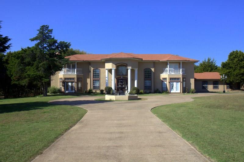 1904 Duncanville Road, Ovilla, TX 75154