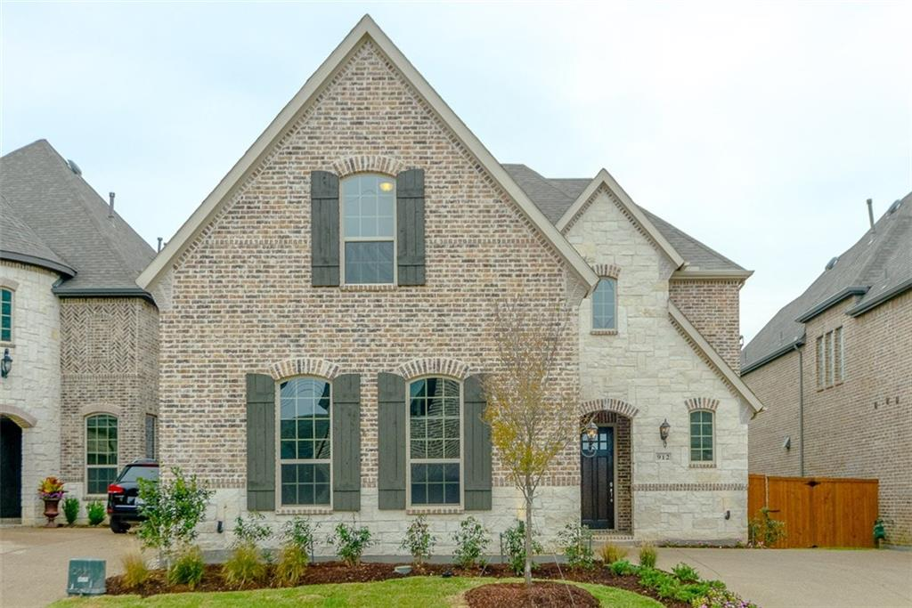 912 Royal Minister Boulevard, Lewisville, TX 75056