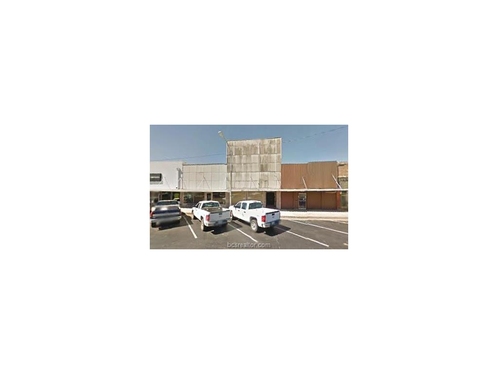 110 W 3RD STREET, Hearne, TX 77859