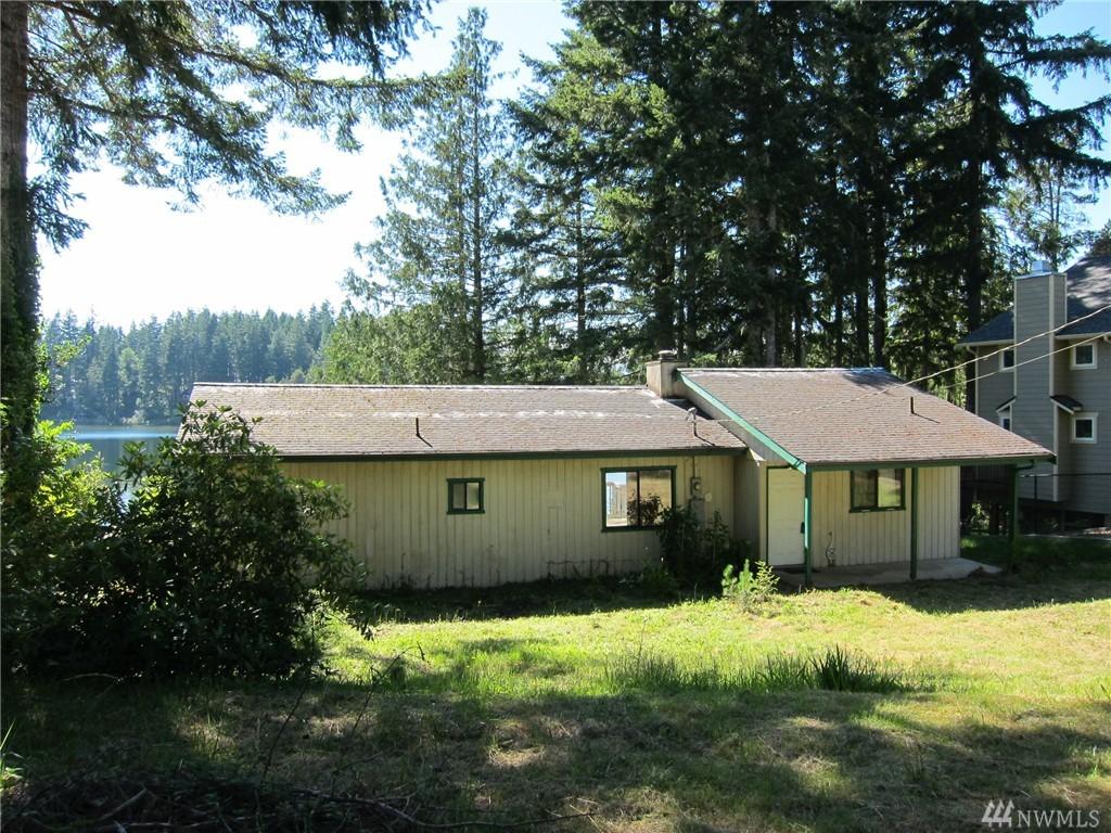 1001 E Trails End Drive, Belfair, WA 98528