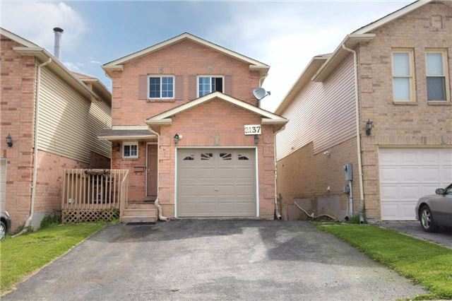 2137 Denby Dr, Pickering, ON L1X 1Z4