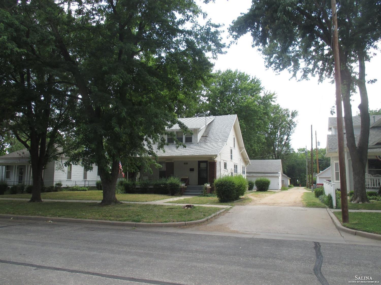 1210 Highland Avenue, Salina, KS 67401