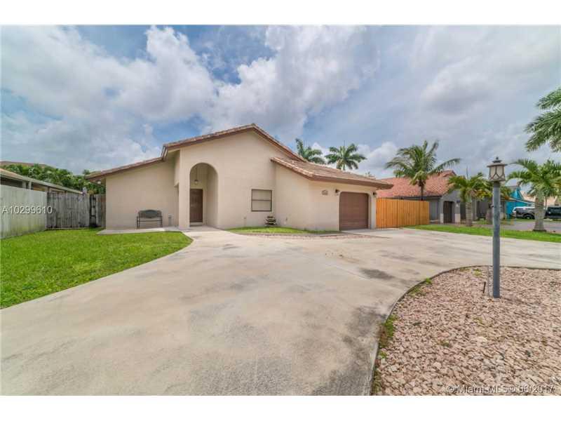 6750 SW 155 Avenue, Miami, FL 33193