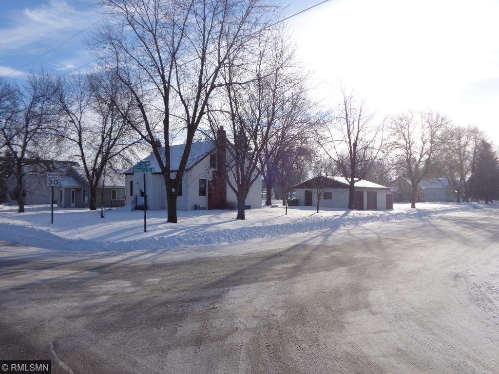 208 3rd Avenue NW, Pierz, MN 56364