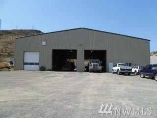 31 Old Riverside Hwy, Omak, WA 98841