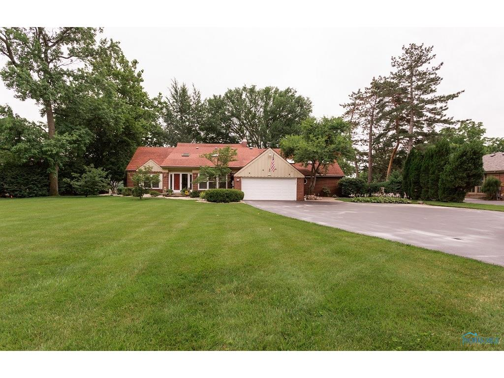 1526 River Road, Maumee, OH 43537