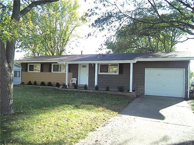 542 Aqua Ridge Drive, St Louis, MO 63129