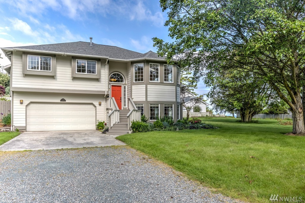 561 N Fort Ebey Rd, Coupeville, WA 98239