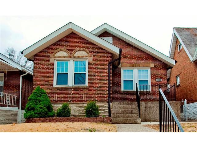 3844 Burgen Avenue, St Louis, MO 63116