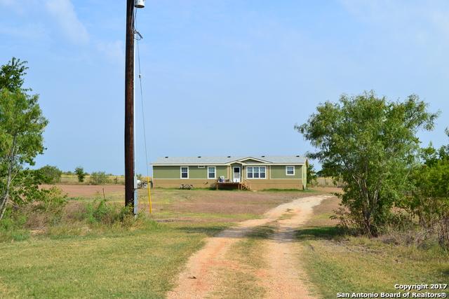 3720 Stagecoach Rd, Seguin, TX 78155
