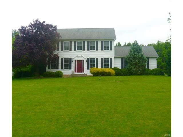 1737 Reading Drive, Lower Saucon Twp, PA 18015