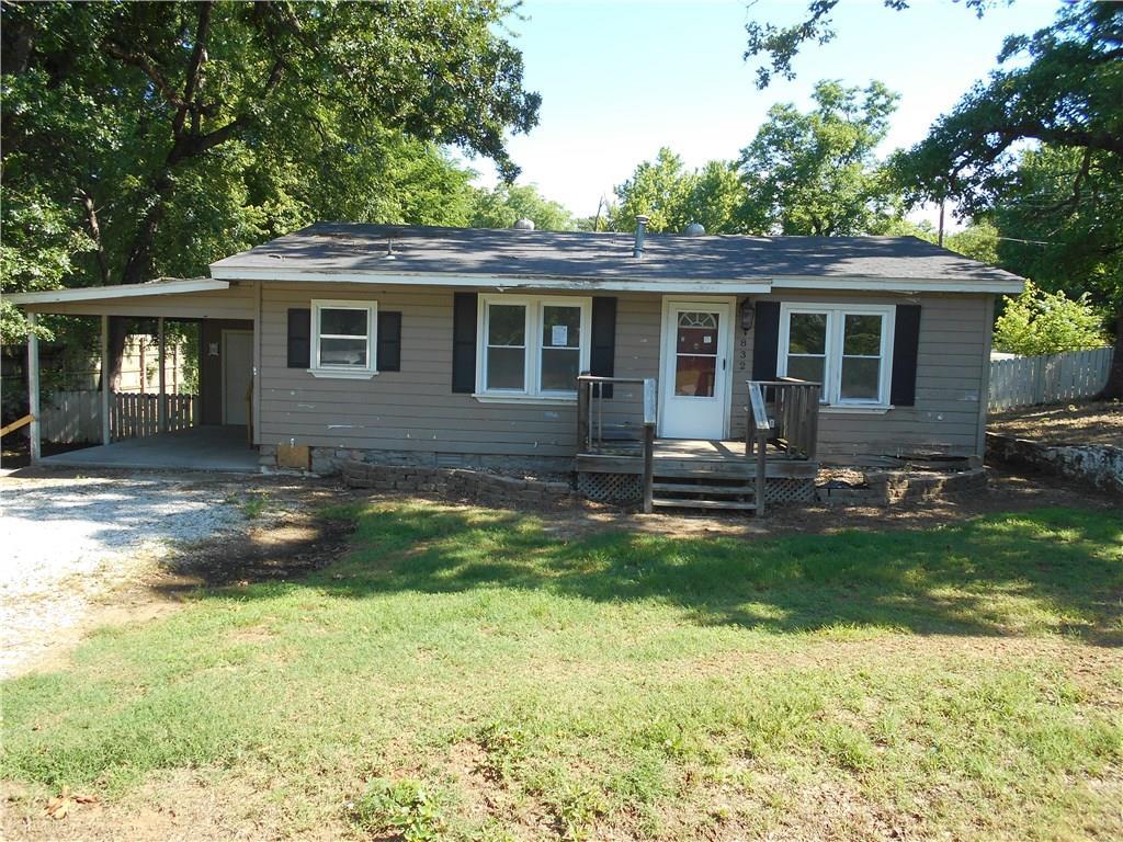 832 Walker ST, Fayetteville, AR 72701