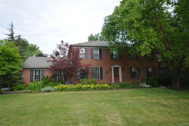 21635 STANSTEAD Road, Northville, MI 48167