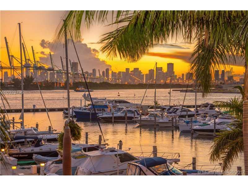 1000 S Pointe Dr TH-M4, Miami Beach, FL 33139