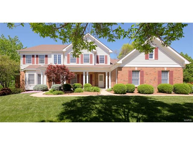 2202 Sycamore Dr., Chesterfield, MO 63017