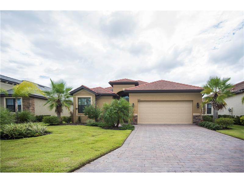 7926 RIO BELLA PLACE, UNIVERSITY PARK, FL 34201