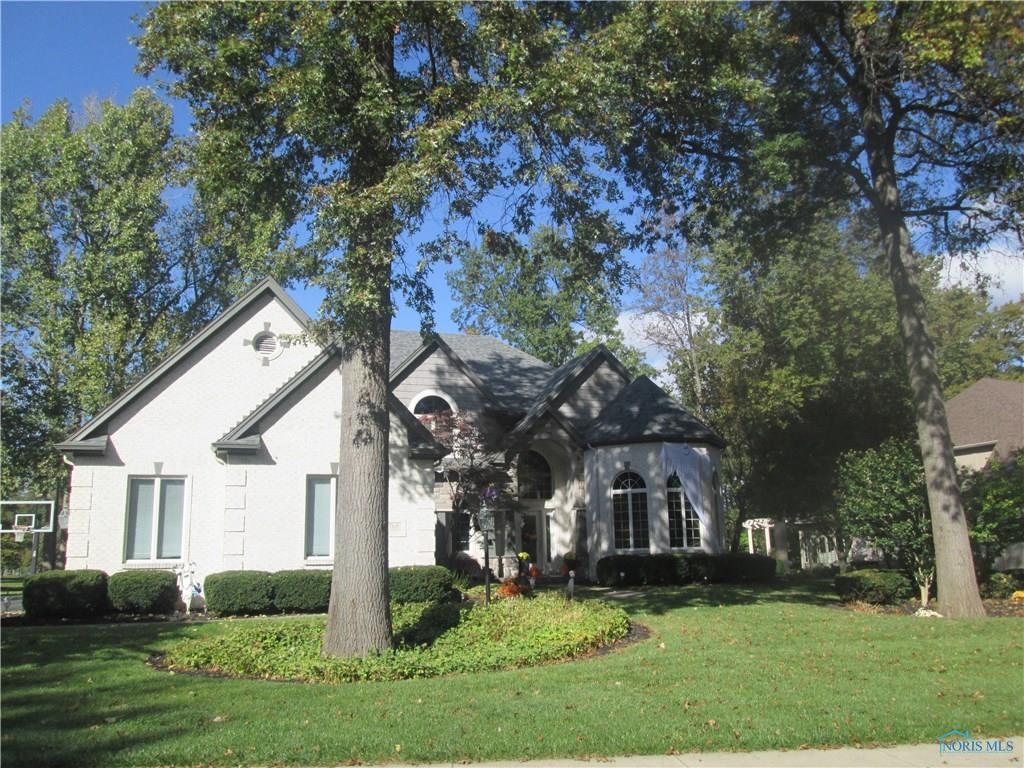 8768 Oak Valley Road, Holland, OH 43528