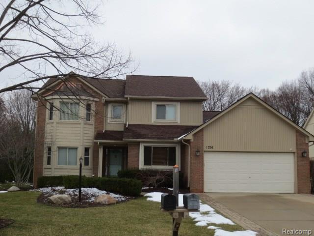 1251 BEMBRIDGE DR, Rochester Hills, MI 48307