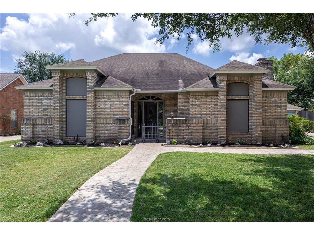 2218 E Briargate Drive, Bryan, TX 77802