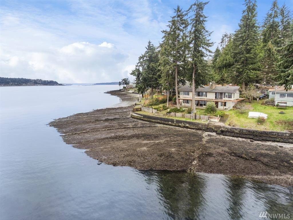 6019 Watauga Beach Dr E, Port Orchard, WA 98366