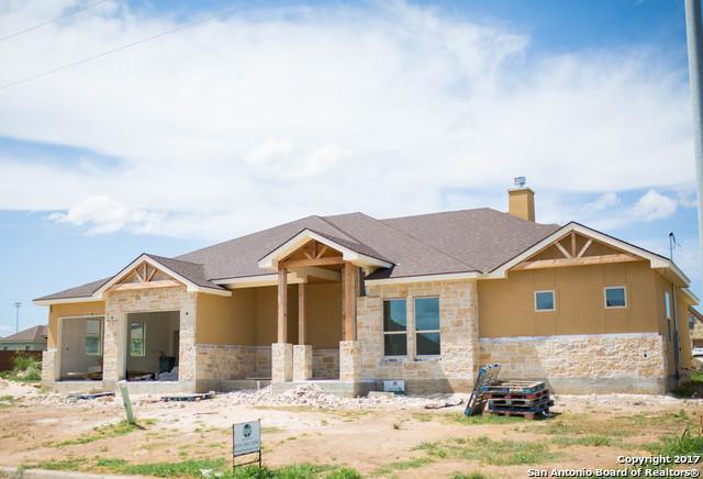 109 Park View, Poth, TX 78147