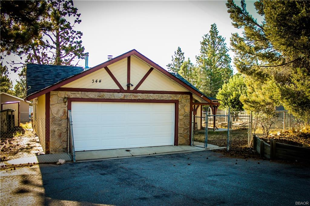 344 Montclair Drive, Big Bear City, CA 92314