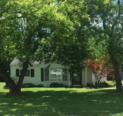 34581 RHONSWOOD Street, Farmington Hills, MI 48335