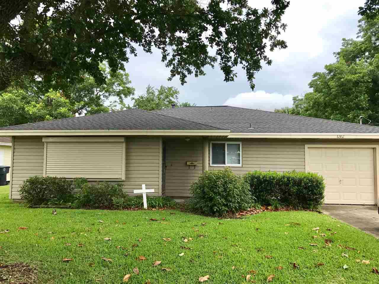 6361 Verde St., Groves, TX 77619