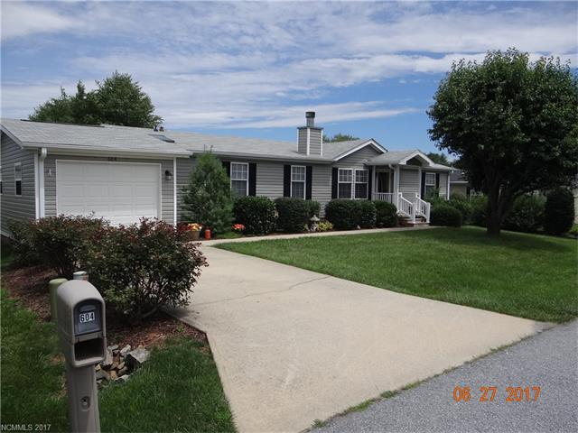 NICELY UPDATED HOME IN THE DESIRABLE RIVERWIND COMMUNITY! CONVENIENTLY LOCATED BETWEEN BREVARD & HENDERSONVILLE! NEAR STORES, RESTAURANTS AND GOLF AT THE ETOWAH VALLEY COUNTRY CLUB!
