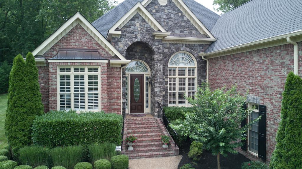 9514 Wicklow Dr, Brentwood, TN 37027