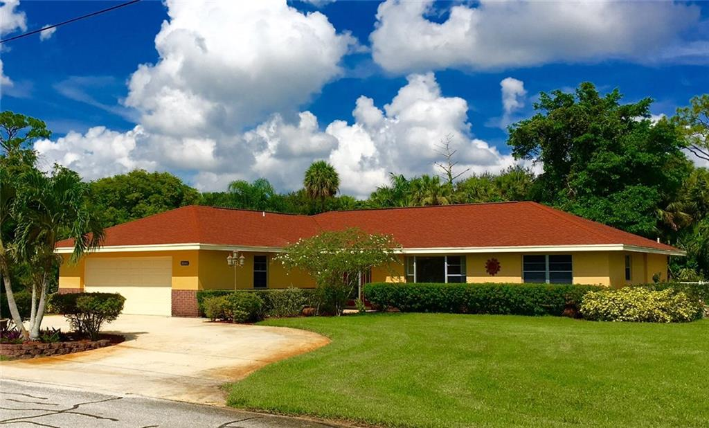 8846 SW Cherry Lane, Stuart, FL 34997