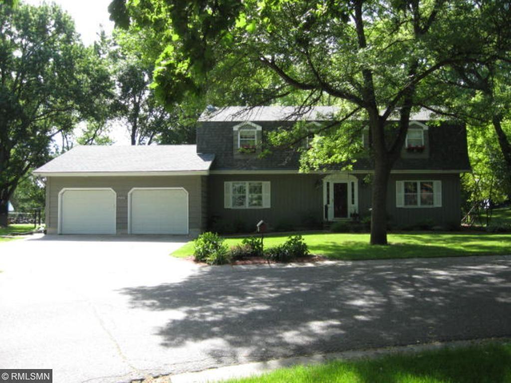 200 Edgewood Drive, Glencoe, MN 55336