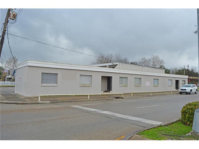 834-40 BURMASTER Street, Gretna, LA 70053