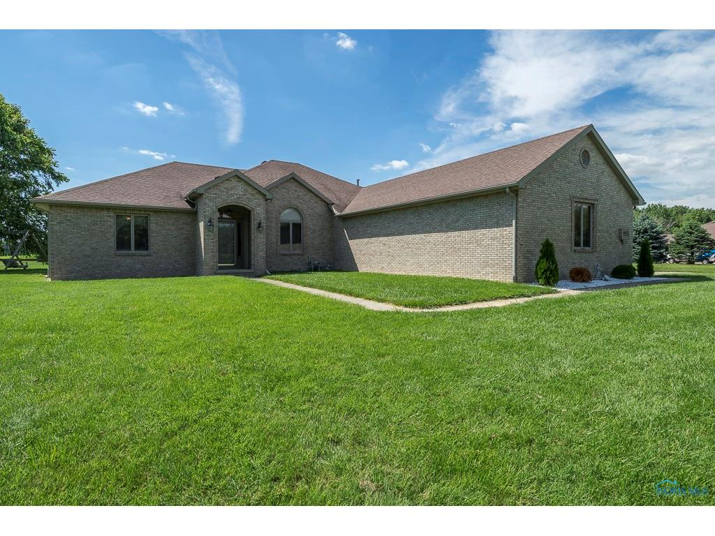 6667 County Road 2, Swanton, OH 43558